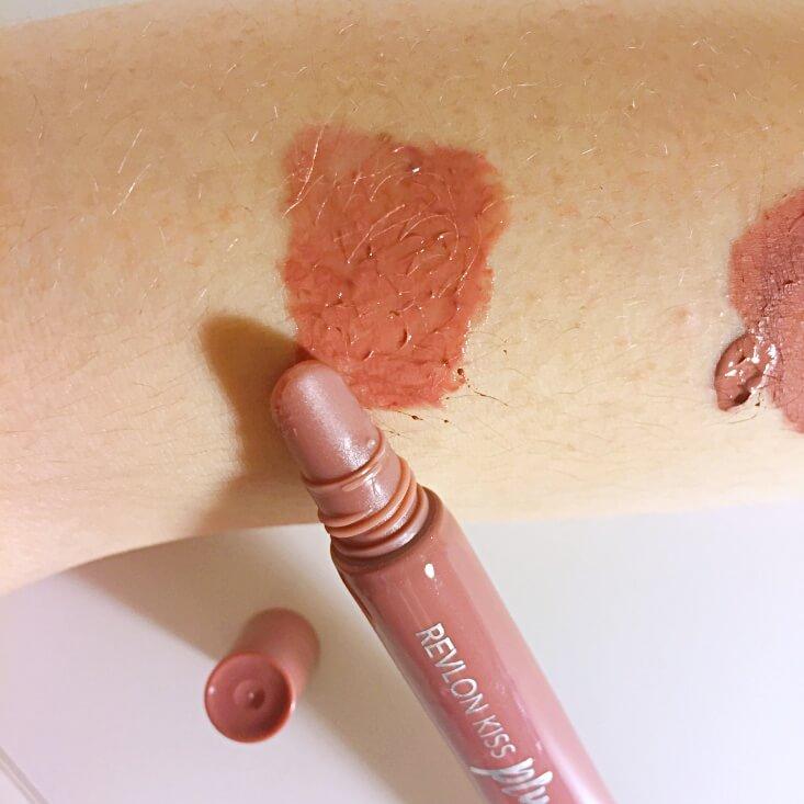 Revlon Kiss Plumping Lip Creme Barely Blush swatch