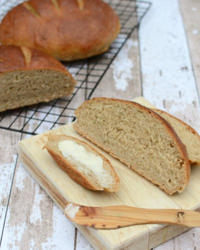 How to Make Swedish Rye Bread in a Bread Machine of By Hand ♥ KitchenParade.com, the traditional recipe, slightly sweet, bright with orange, anise and caraway. Recipes, many insider tips, nutrition and Weight Watchers points included.