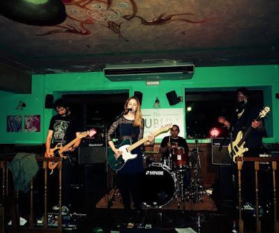 Con Carolina Otero & Lil Knife (crónica concierto Pub Dublín) 3
