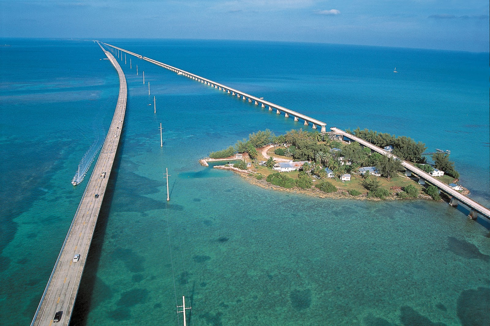 If You Are Interested In The Atmosphere Of Nature At Its Best Visit To Florida Keys This Is Length Coast Chain Tropical Islands 120