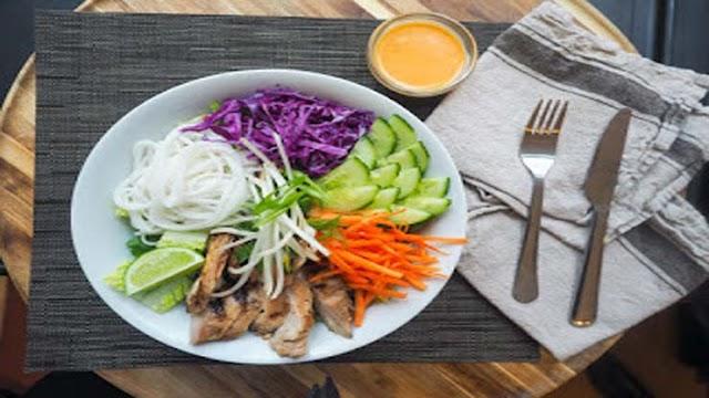 2 goda recept på annorlunda sallader / Sallader som hel måltid - nutritionsve