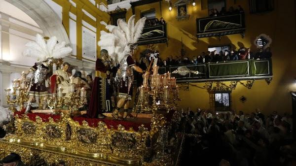 Ya se pueden reservar las entradas para la exposición de misterios de la Semana Santa de Sevilla