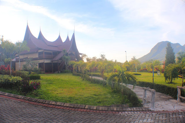 Hotel Mewah dan murah di malang Grand Pujon view Hotel resort