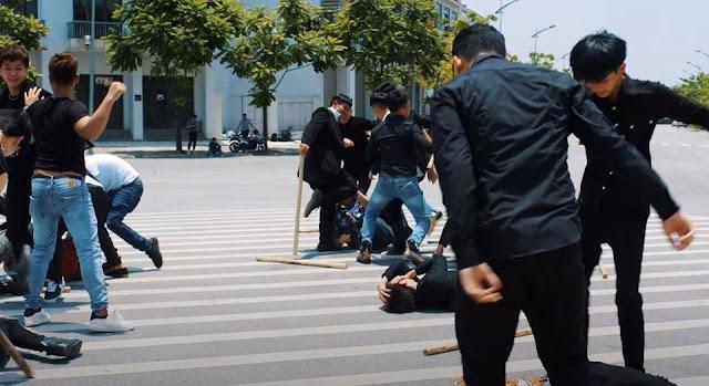 Nguyễn Sin có động thái 'cà khịa' khi Huấn Hoa Hồng tung MV liên quan đến cờ bạc và bạo lực
