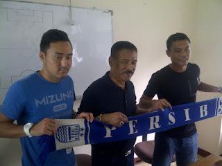 Persib Bandung Resmi Perkenalkan Dua Pemain Barunya