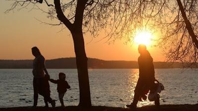 Η Δημογραφική κρίση στη χώρα μας είναι αναστρέψιμη;