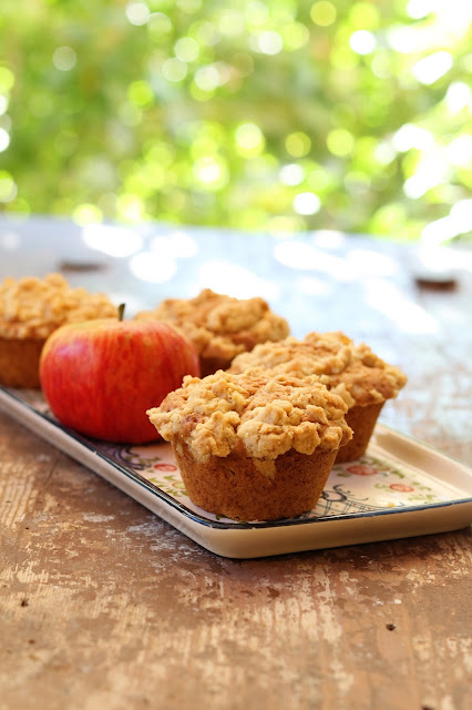 Apfel-Muffins mit Knusperstreuseln