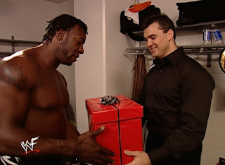 WWE / WWF Summerslam 2001 - Shane McMahon presents Booker T with a special gift