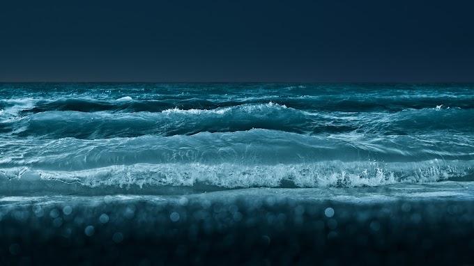 Linda Paisagem Noturna do Mar