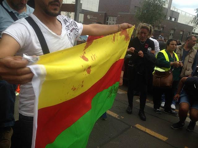 البوليس الألماني والتضييق على مظاهرات روجآفا ومنع أعلام YPG