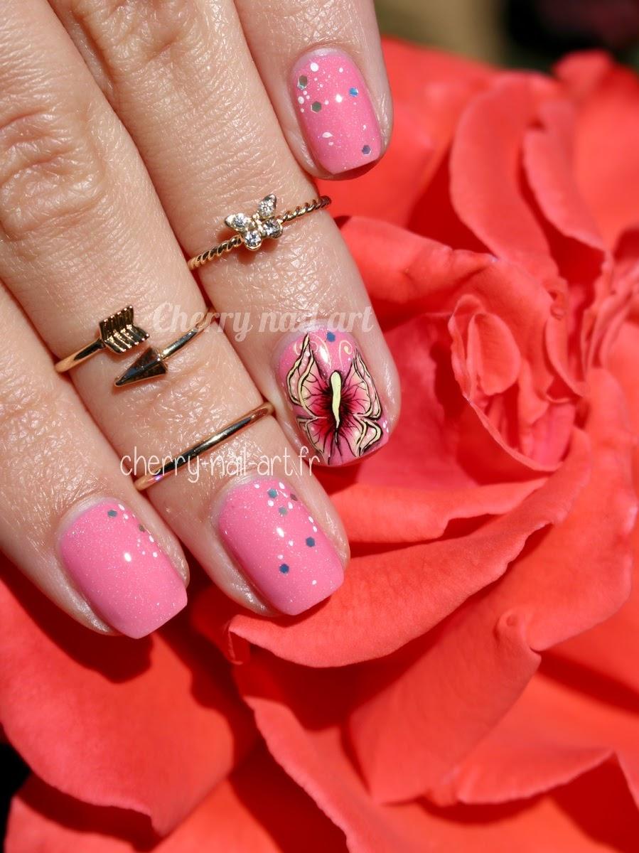 nail-art-papillon-one-stroke