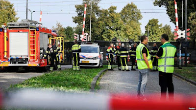 Netherlands train collision kills 4 children