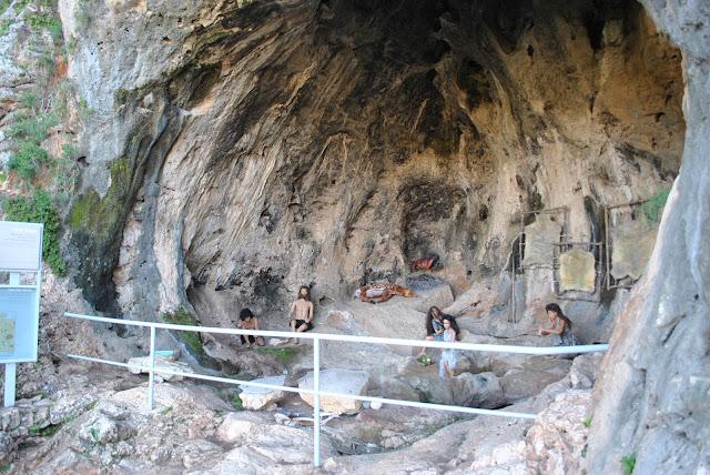 נחל המערות