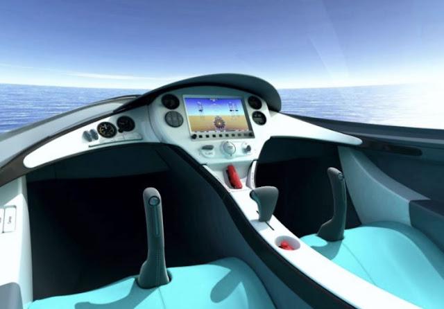 Lisa AKOYA cockpit