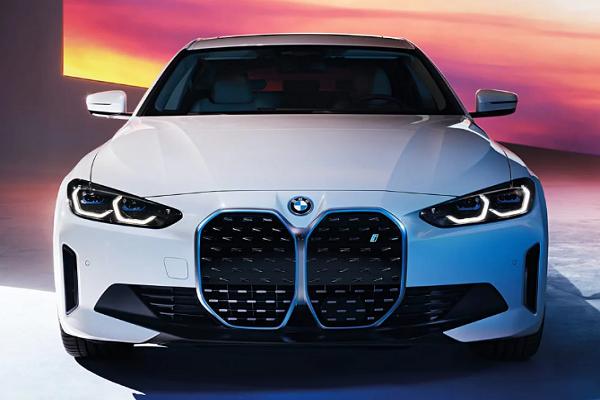 BMW i4 Sudah Rilis, Sedan Premium Performa Canggih
