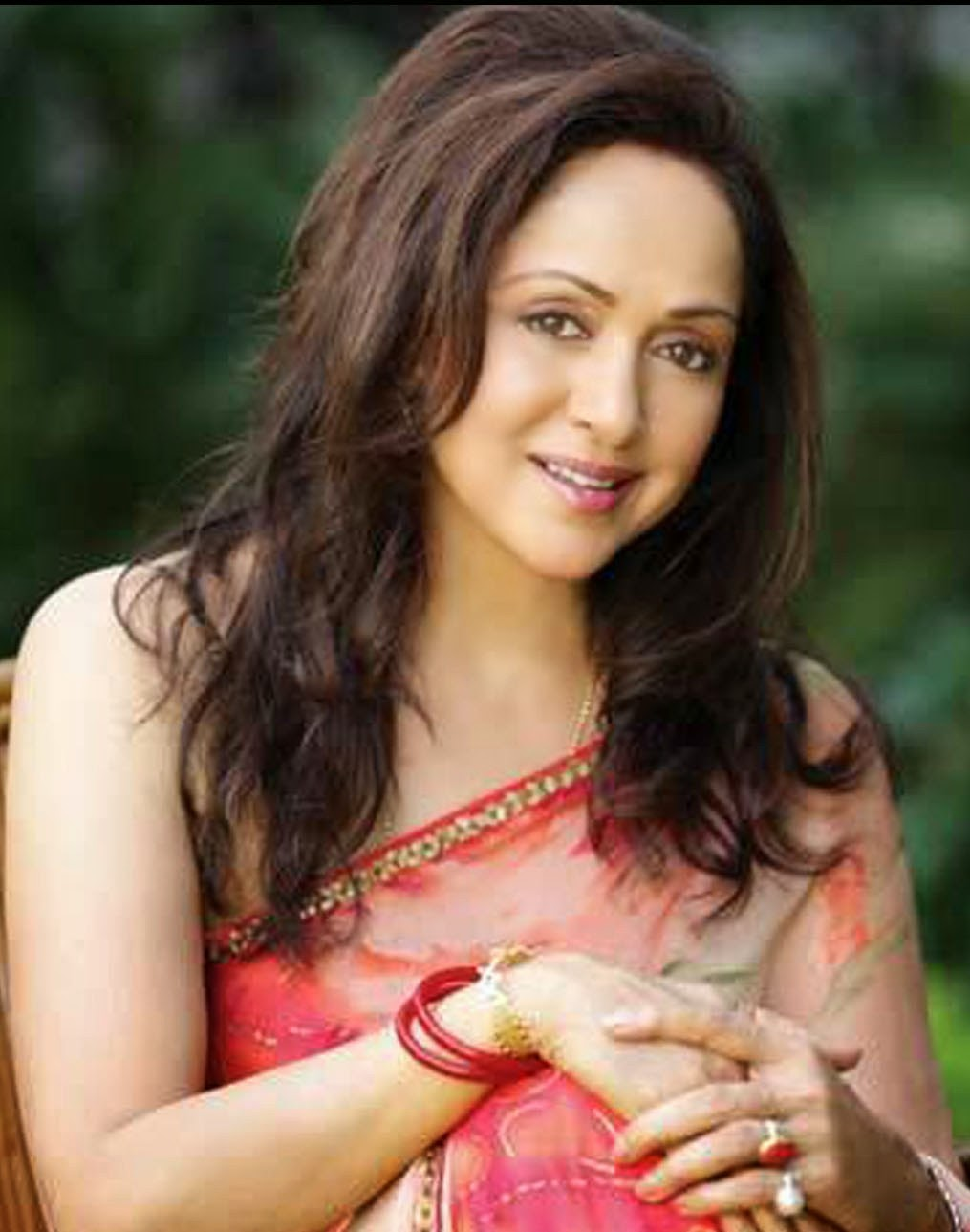 Bollywood Stars Bibliography Hema Malini Biography
