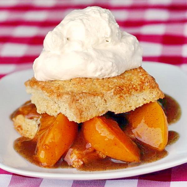 Easy Peach Shortcakes