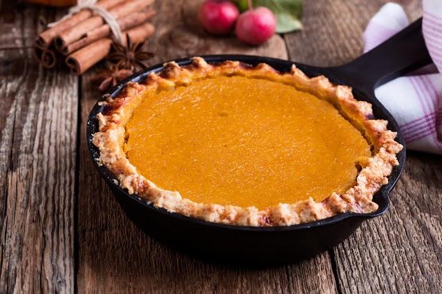 Fűszeres, illatos sütőtökös pite: lágy töltelék, omlós tészta
