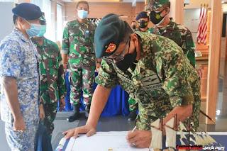 Pangkoarmada II  Berharap Pertemuan Dengan Atase Pertahanan Malaysia Semakin Mempererat Kerjasama