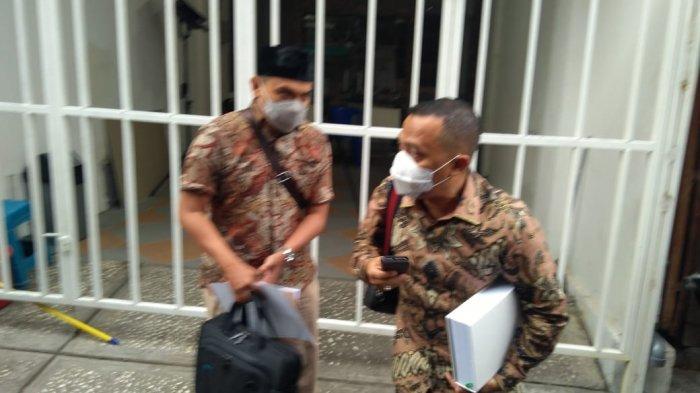 """Penembakan sekaligus terhadap empat orang dalam satu waktu tanpa ada upaya lain yang dilakukan untuk menghindari semakin banyaknya jatuh korban jiwa mengindikasikan adanya unlawfull killing terhadap keempat anggota Laskar FPI,"" kata Anam."