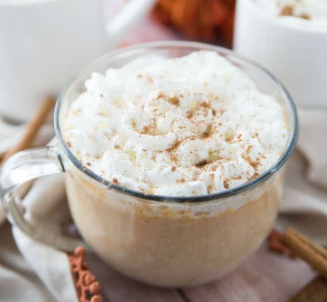 Pumpkin White Hot Chocolate #drinks #pumpkin