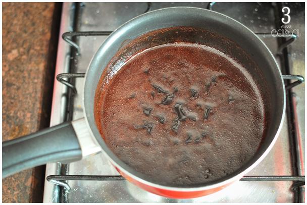 receita de calda de chocolate simples