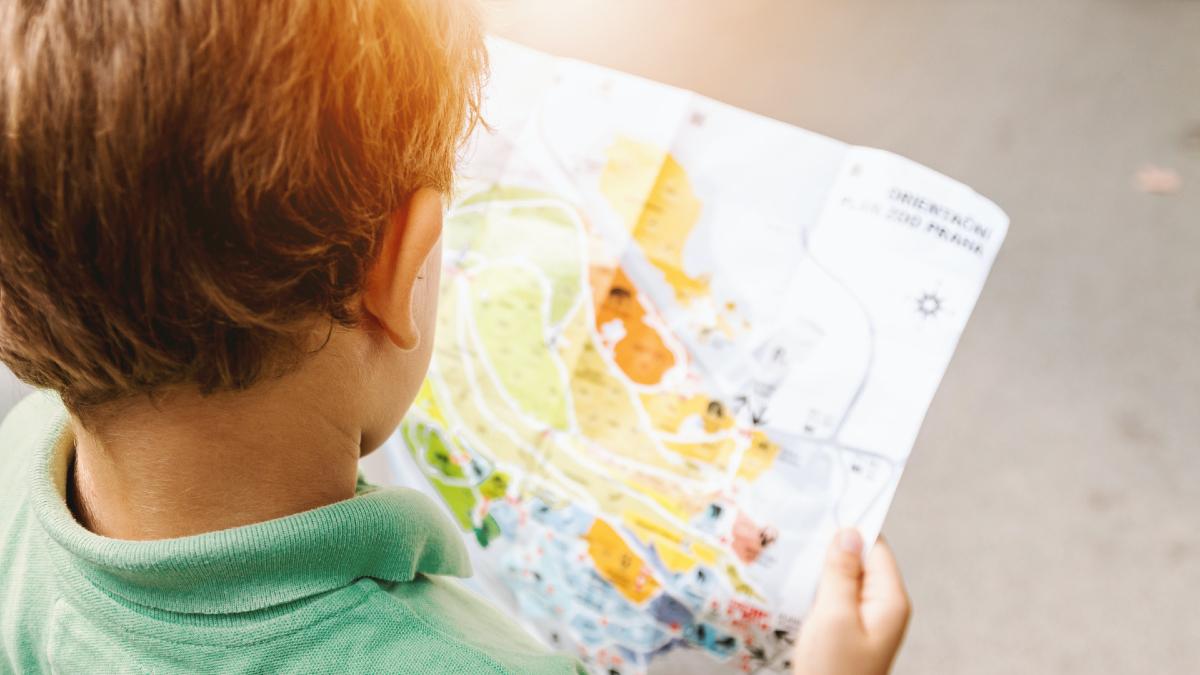 Γιατί τα παιδιά προτιμούν να εξερευνούν τον κόσμο γύρω τους