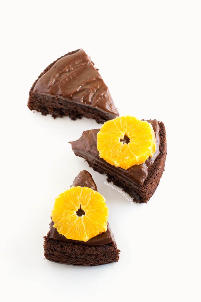 Vegan chocolate and orange cake - danceofstoves.com