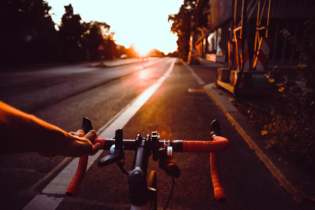 cycling in healthy lifestyle