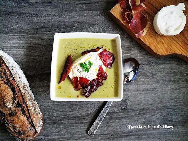 Gaspacho d'asperges vertes à la burrata et ses chips de jambon Ibérique - Dans la cuisine d'Hilary