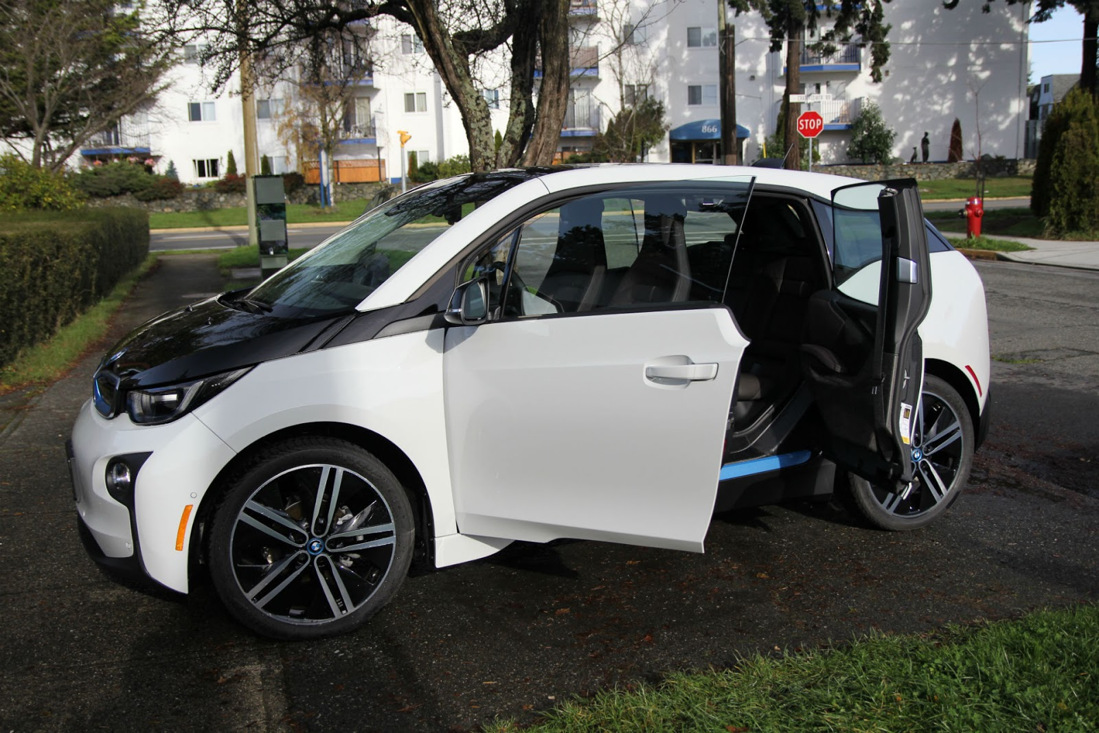 Bmw I3 Vehicle Electrical System Control Units Location 2015 Review Dustin B My Ev Perspective