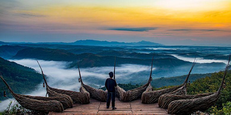 Watu Payung Turunan, Pesona Spot Selfie di Ketinggian Gunung Kidul
