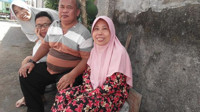 foto keluarga lebaran