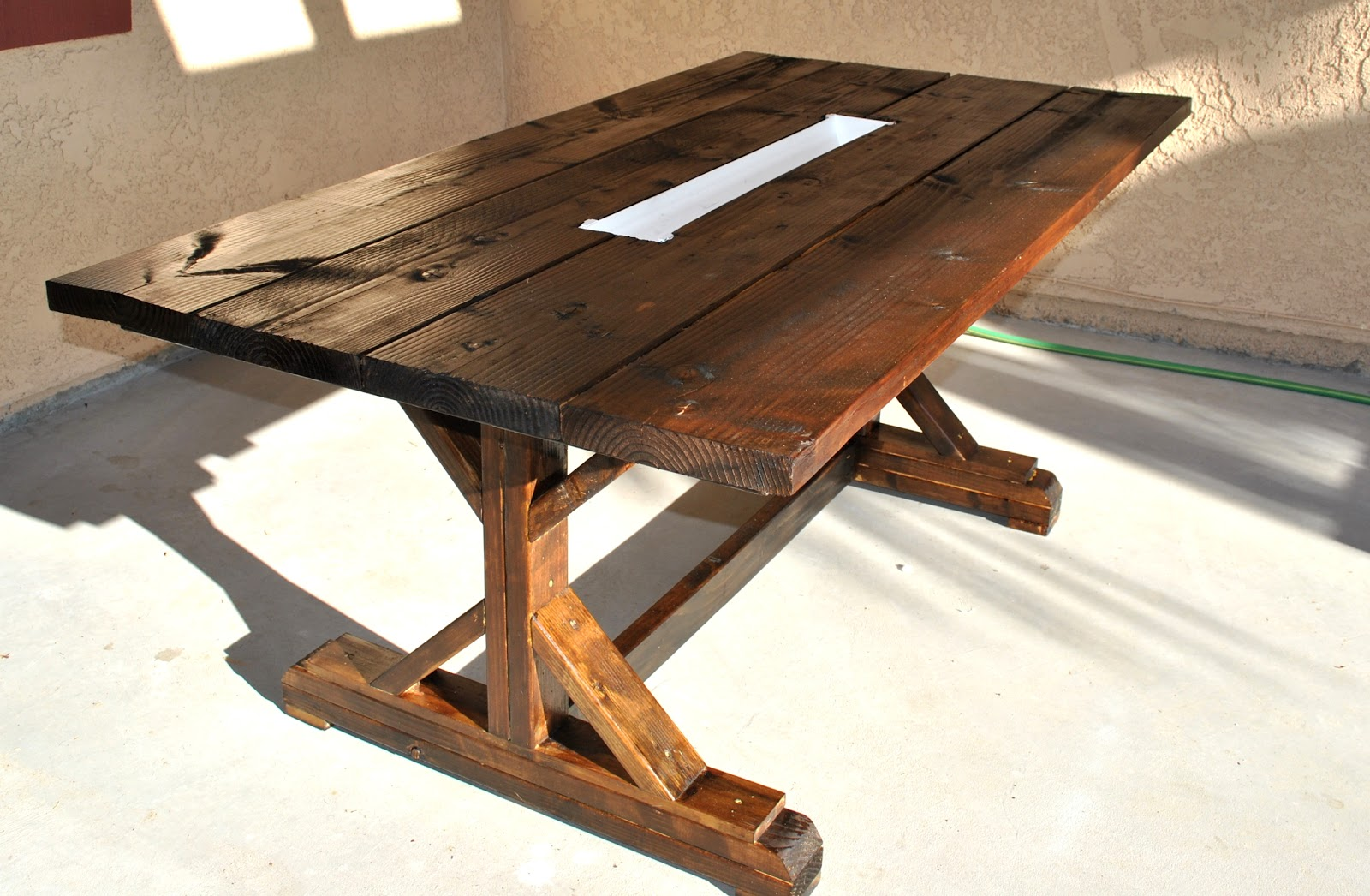 pinteresting monday.. diy farm table.. with wine/beer ...