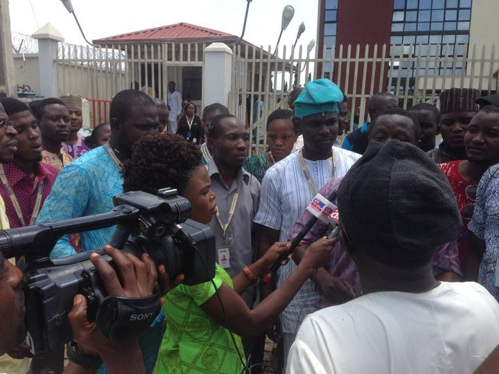 Photos: MTN staff protest over massive layoff