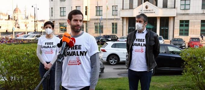 Megszüntették az eljárást Fekete-Győr ellen, mert törvénysértő volt a kihallgatása