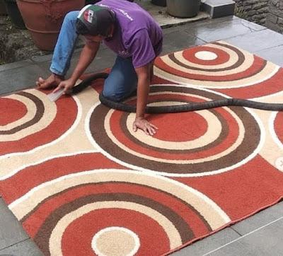cara mencuci karpet permadani