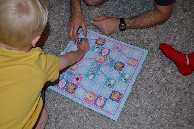 Playing Sankes and Ladders