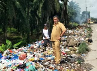DLH Labuhanbatu Dan Kelurahan Padang Matinggi Kerjasama Kurangi Sampah Liar