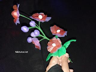 gambar bunga dari plastik