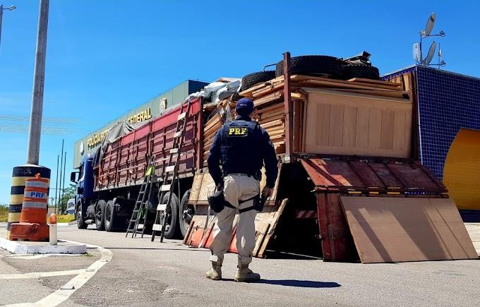 Carga irregular de madeira escondida em caminhão é apreendida pela PRF; motorista é preso por crime ambiental na BR-116, no Ceará