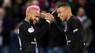 Wenger: PSG must do everything to convince Mbappe and Neymar to stay
