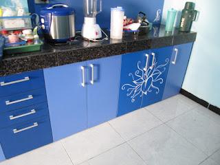 Desain Interior Kitchen Set Bermotif + Furniture Semarang