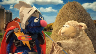Super Grover 2.0 Farm, Super Grover 2.0 helps a sheep that lost its knitting needle in the haystack, Sesame Street Episode 4402 Don't Get Pushy season 44