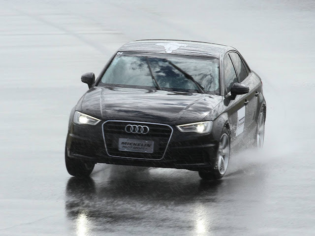 Audi A3 Sedan testa o novo pneu Michelin Pilot Sport 4