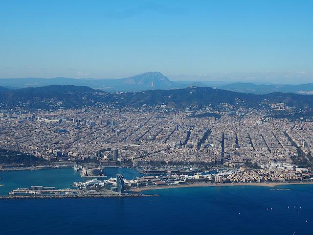 Барселона - вид с самолета (Barcelona - view from the plane)