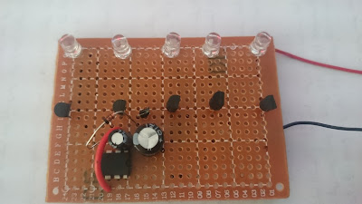 LED chaser with only one IC555