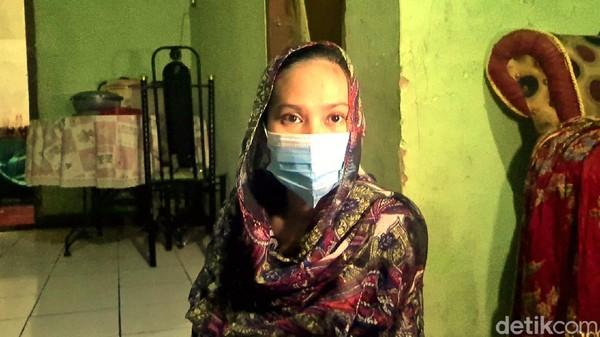 Curhat Istri Terduga Teroris Sukabumi, Bingung Bayar Utang-Nafkahi Bayinya