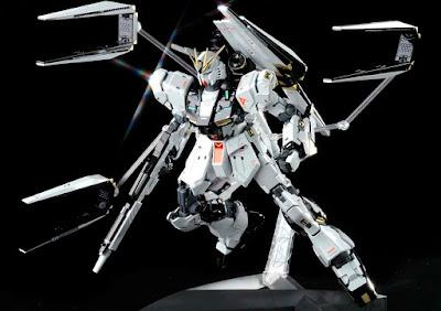 MG 1/100 RX-93 Nu Gundam Ver.Ka (Titanium Finish)