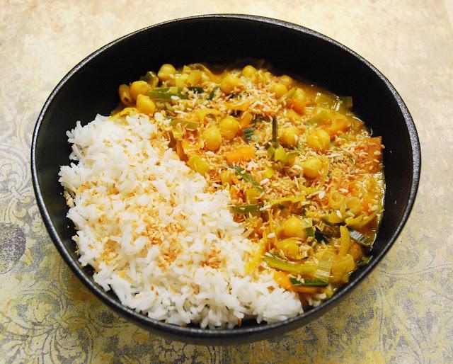 Curry poireaux - carottes - pois chiches